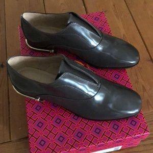 bb83f4df2 Tory Burch Shoes - BNIB Tory Burch Ryder Loafer 6.5 Gray
